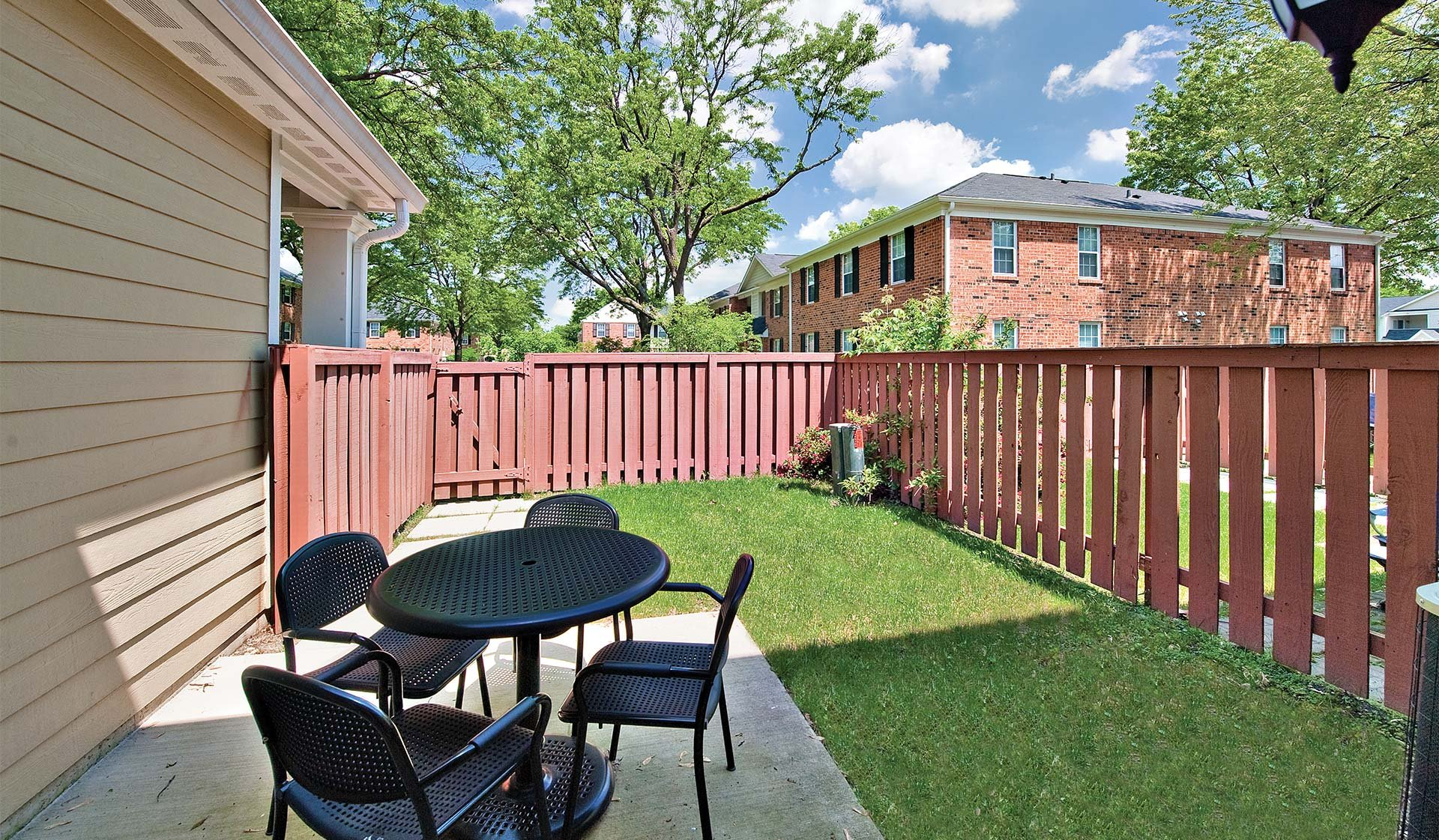Willow Bend Apartments | Private Patio